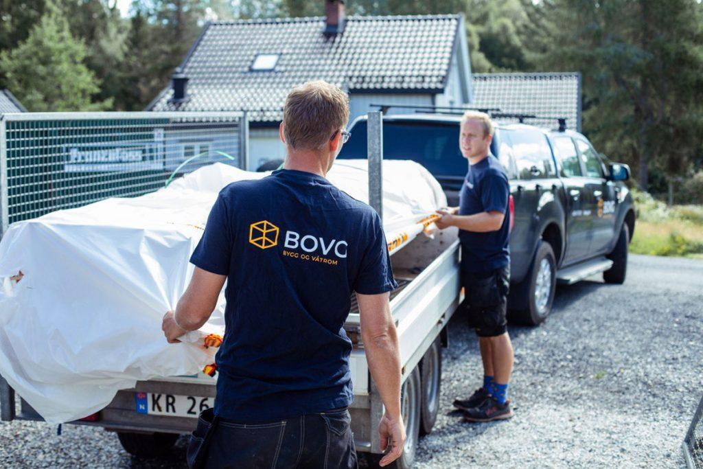 Vi bytter tak og hjelper med påbygg eller ombygging av hus